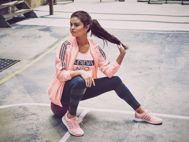 Selena-Gomez_-Adidas-Neo-Fall-Winter-Collection-(2015)-08-662x497.jpg