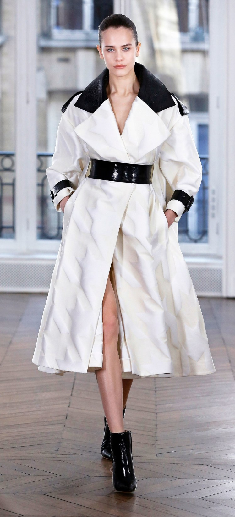 01-ralph-and-russo-fall-2018